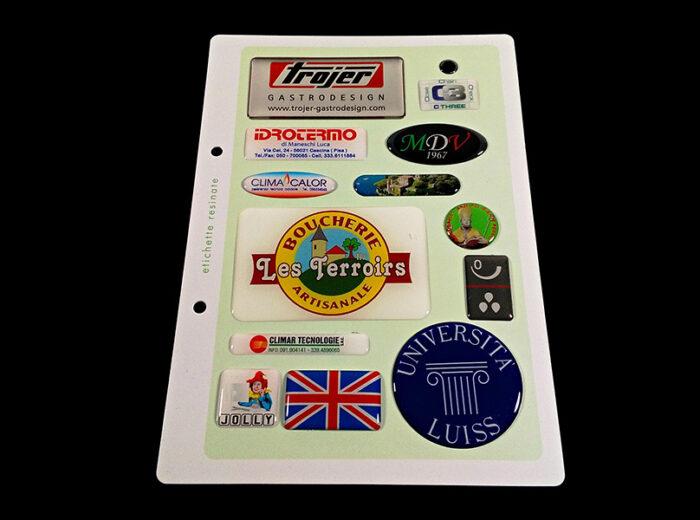Adesivi resinati personalizzati